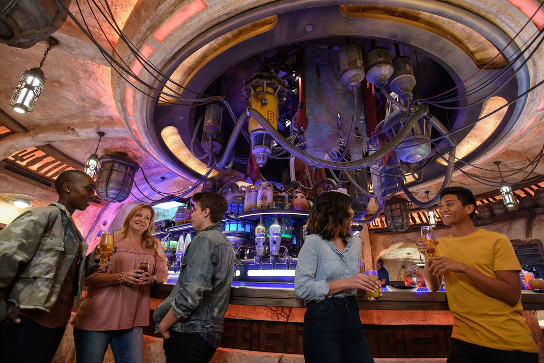 Star Wars: Galaxy's Edge Tips - Oga's Cantina
