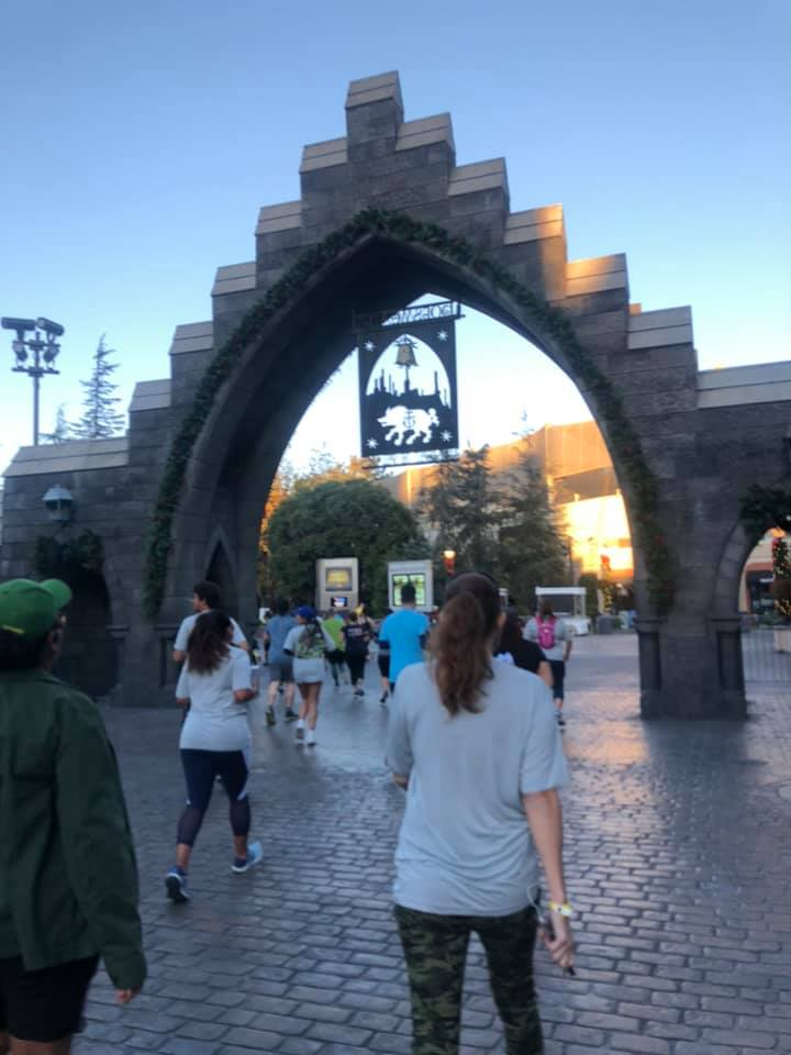 What It's Like at the 10K for Running Universal Featuring Jurassic World