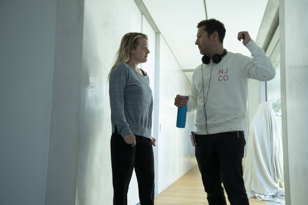 (from left) Elisabeth Moss and writer/director Leigh Whannell on the set of The Invisible Man.