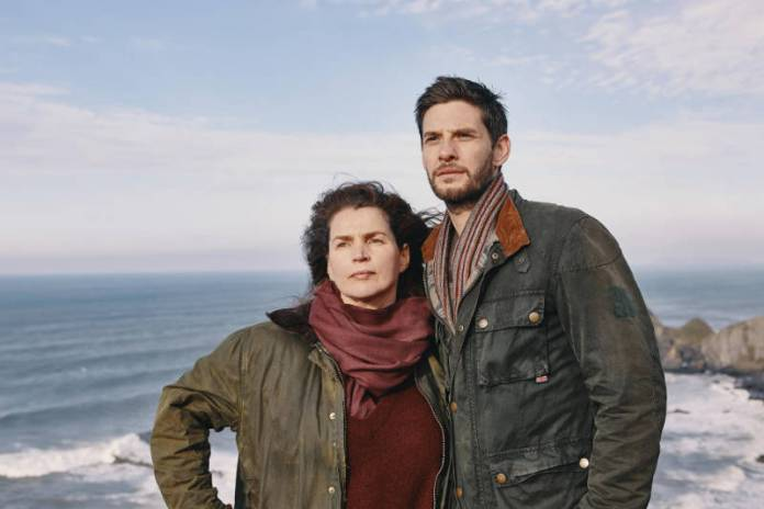 Julia Ormond and Ben Barnes in the Gold Digger Trailer