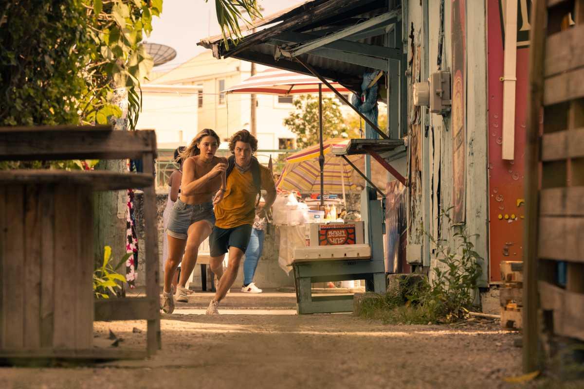 Netflix July 2021 - Outer Banks