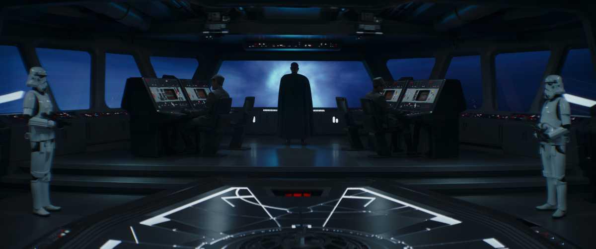 Luke Skywalker returns in The Mandalorian