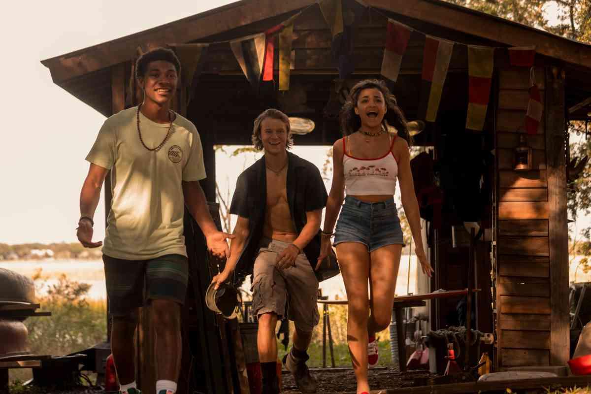 Outer Banks Season 2 Trailer and Key Art Debut