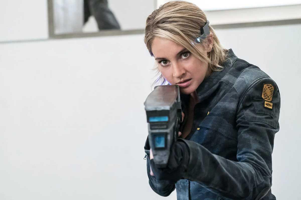 Shailene Woodley Joins Three Women