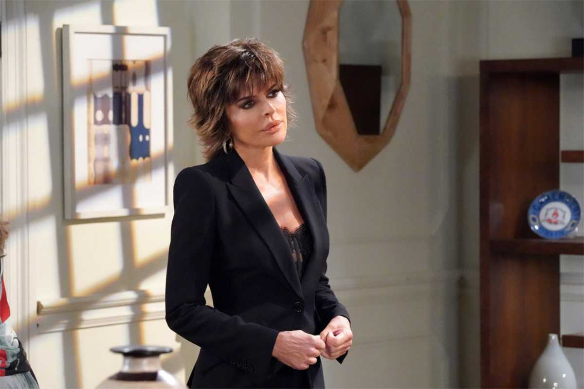 Lisa Rinna as Billie Reed in Days of our Lives