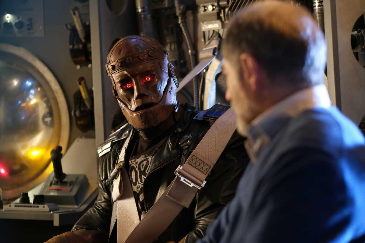 First Look at Doom Patrol Season 3!
