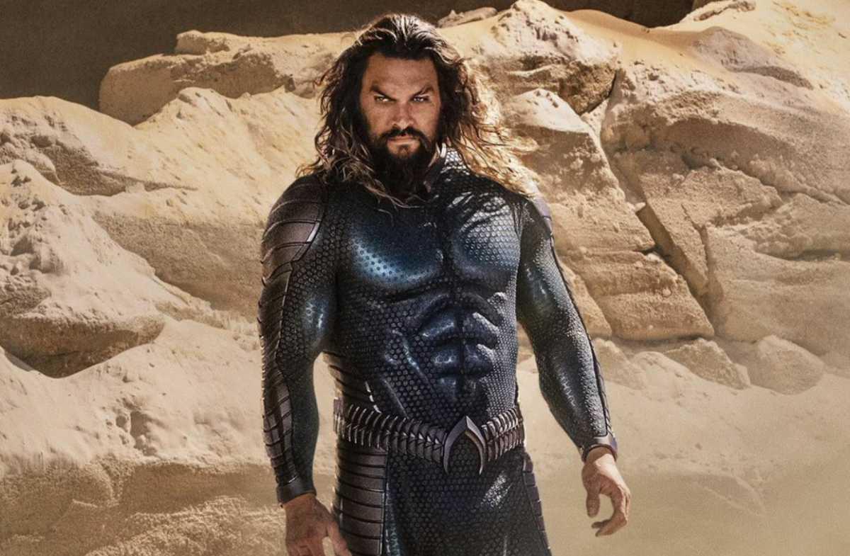 New Aquaman Costume Revealed by Jason Momoa