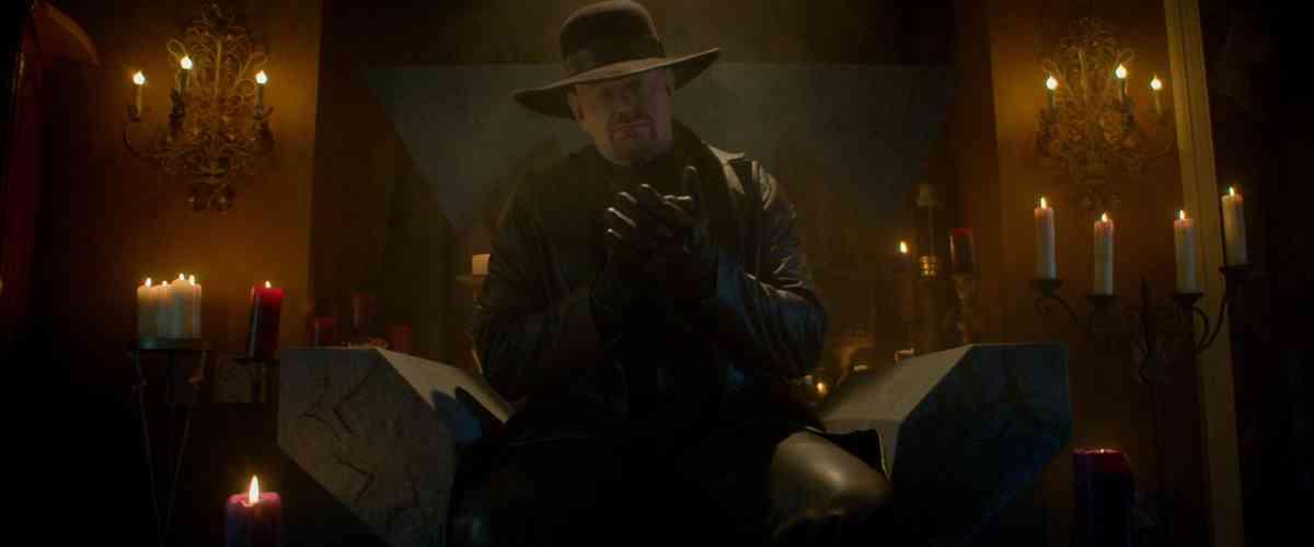 Netflix Halloween 2021 - The Undertaker